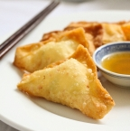Crab Rangoon (Cheese Wonton) | 炸蟹角
