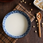 homemade-soy-milk-1-sm