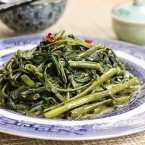 Cantonese Style Water Spinach Stir-fry | 腐乳蒜茸炒通菜