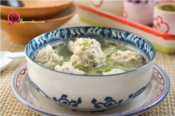 Post image for Healthy Shrimp Stuffed Chicken Meatball Soup