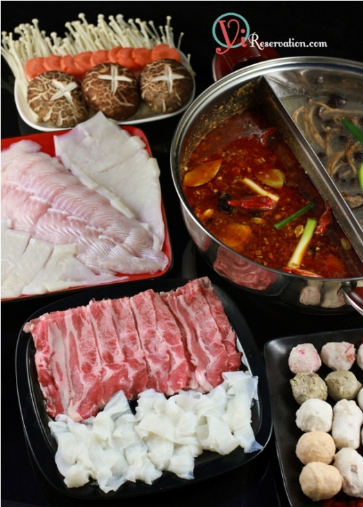 Post image for Sichuan Spicy Hot Pot (麻辣火鍋)
