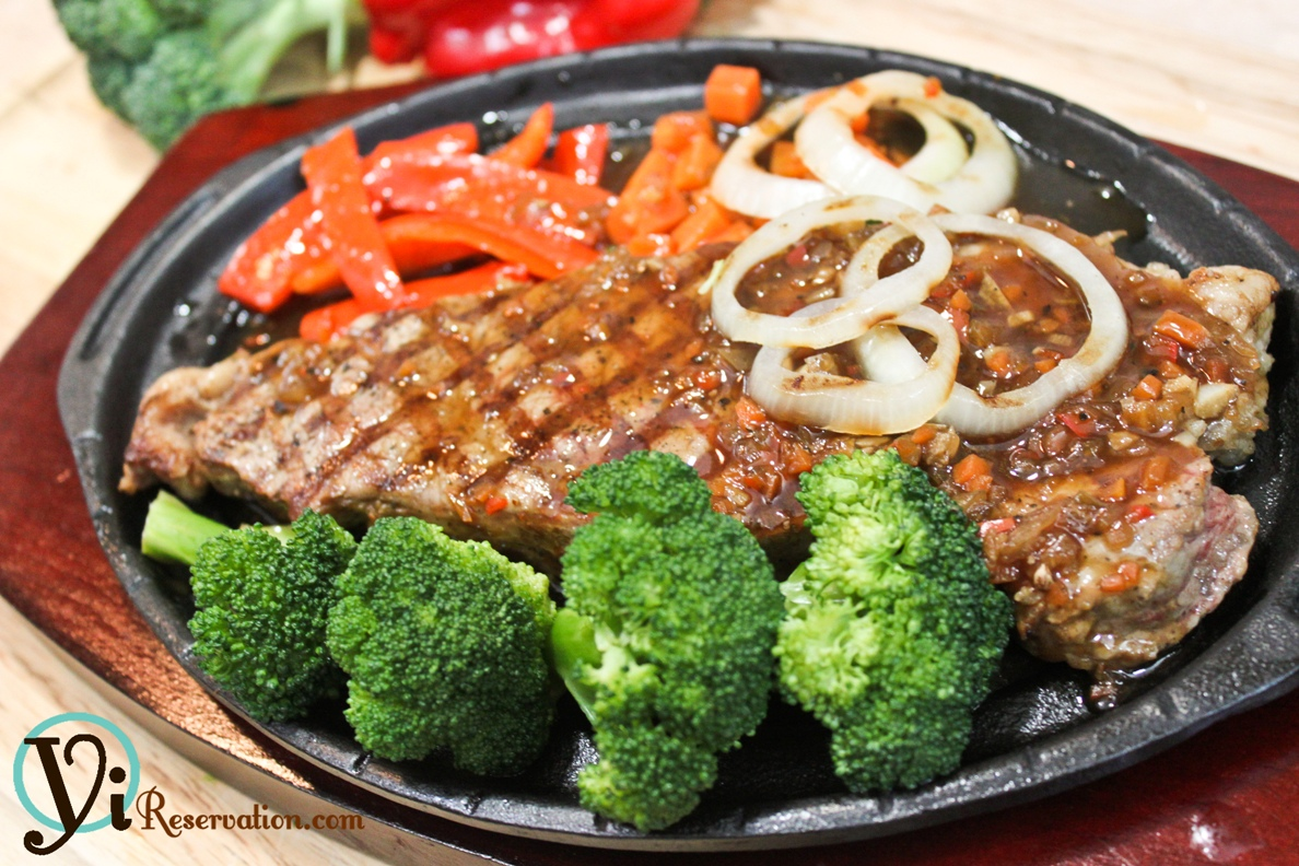 ... Special – Sizzling Steak in Black Pepper Sauce (鐵板黑椒牛扒