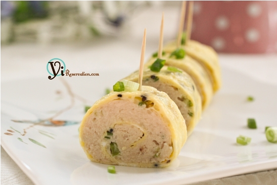 Post image for Steamed Chicken Omelette Roll 雞蛋卷