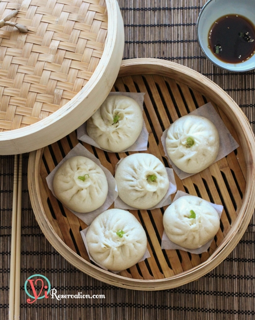 Post image for Chinese Steamed Meat Buns (Baozi) 包子